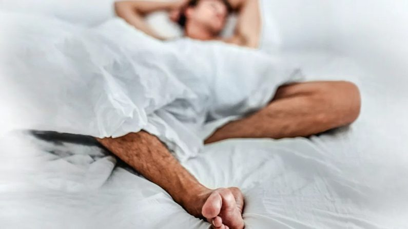 Is It Possible To Masturbate Too Much? We Asked A Sex Therapist